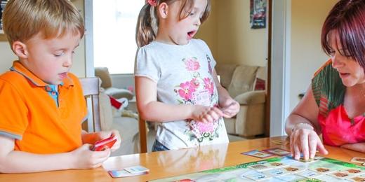 獨一無二的「程式設計思維」趣味幼兒課程--小黃蜂與海龜(Koder Cafe矽谷系列二)